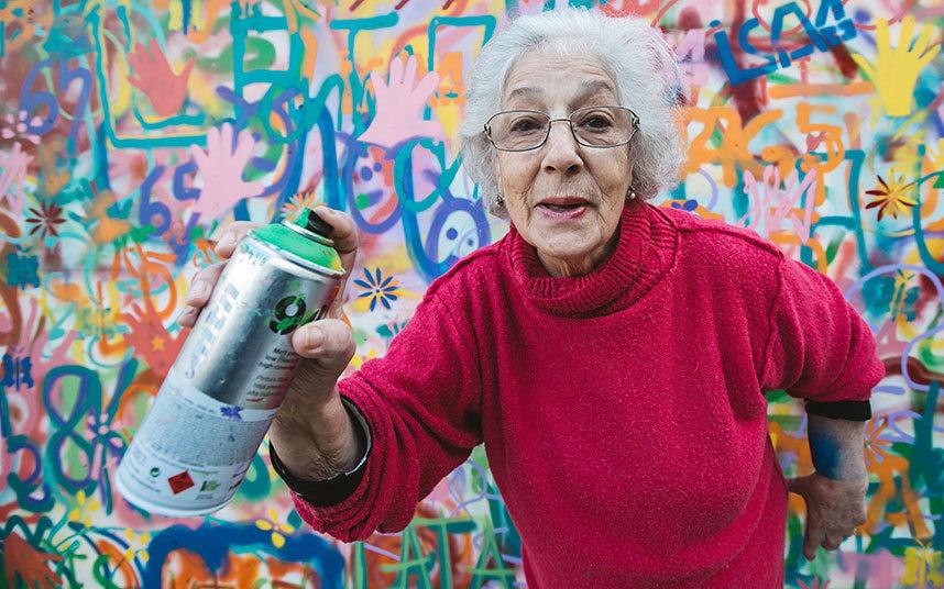 lata 65 abuelas graffiteras (16)